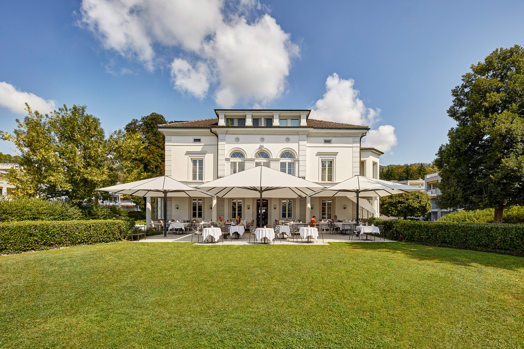 Download VILLA_Schweizerhof_Front.jpg